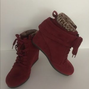 Wedge Ankle Booties~ Burgundy Size 10! Never worn!